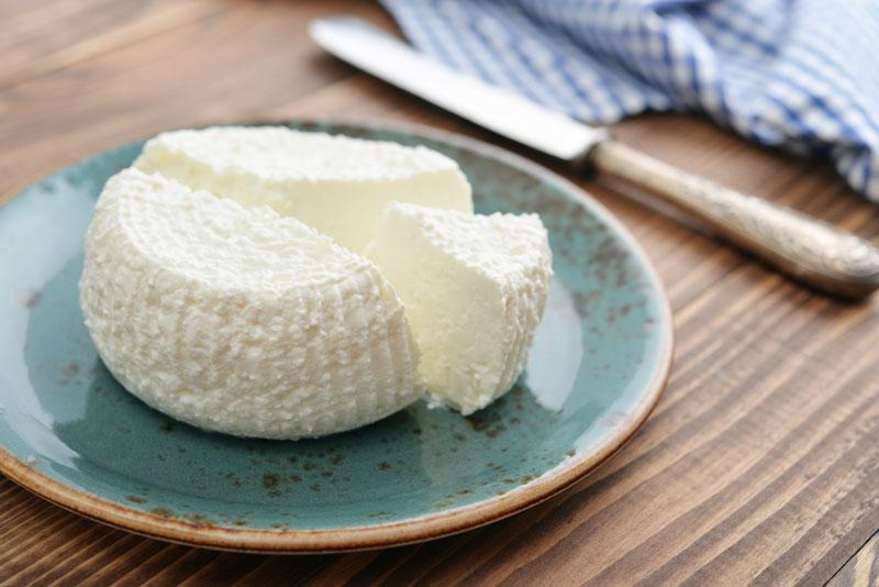 Pasta e ricotta aromatizzata